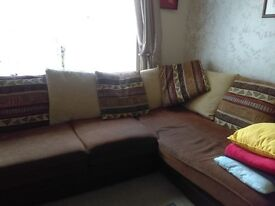 Bargain 5 seater corner settee with cushions and 2 club armchairs