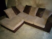 Corner sofa in perfect conditions, FREE DELIVERY in London area
