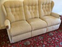 Quality modern 3 piece suite great condition