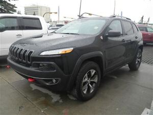 2016 Jeep Cherokee Trailhawk | V6 | Leather | NAV | Loaded!
