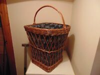 Wicker Laundry Basket with handle