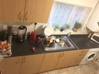 Lovely Single & Double Rooms Available Near Newbury Park Station Rent £350/450/550