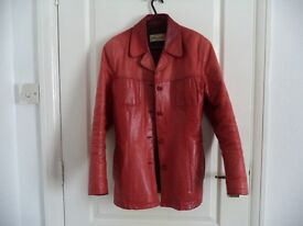 Red Leather Jacket - Size L - Perfect for Autumn!