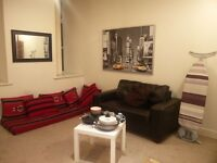 One doublebed room en bathroom in 2bhk fully furnished in bradford city centre