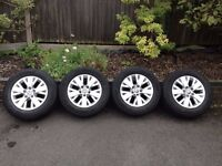 Genuine Volkswagen T5 Highline alloy wheels with tyres.