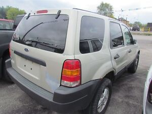 2003 Ford Escape XLS *  HAS TO GO London Ontario image 4