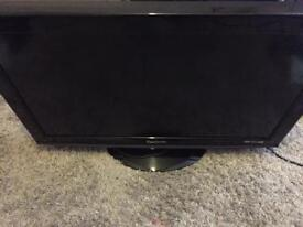 32 inch Panasonic HD tv bulit in freeview HDMI and USB very gold condition