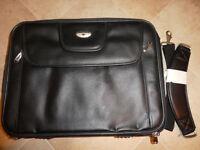 Laptop Case Antler Leather