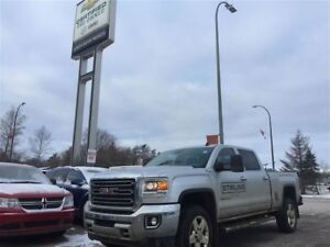 2015 GMC SIERRA 2500HD SLT 6.6L *DVD* *Nav* *LOW KMs*