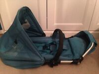 i Candy cherry toddler seat, carry cot, foot muff in excellent condition