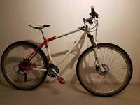 29er CHARGE COOKER comfortable bike in immaculate condition.