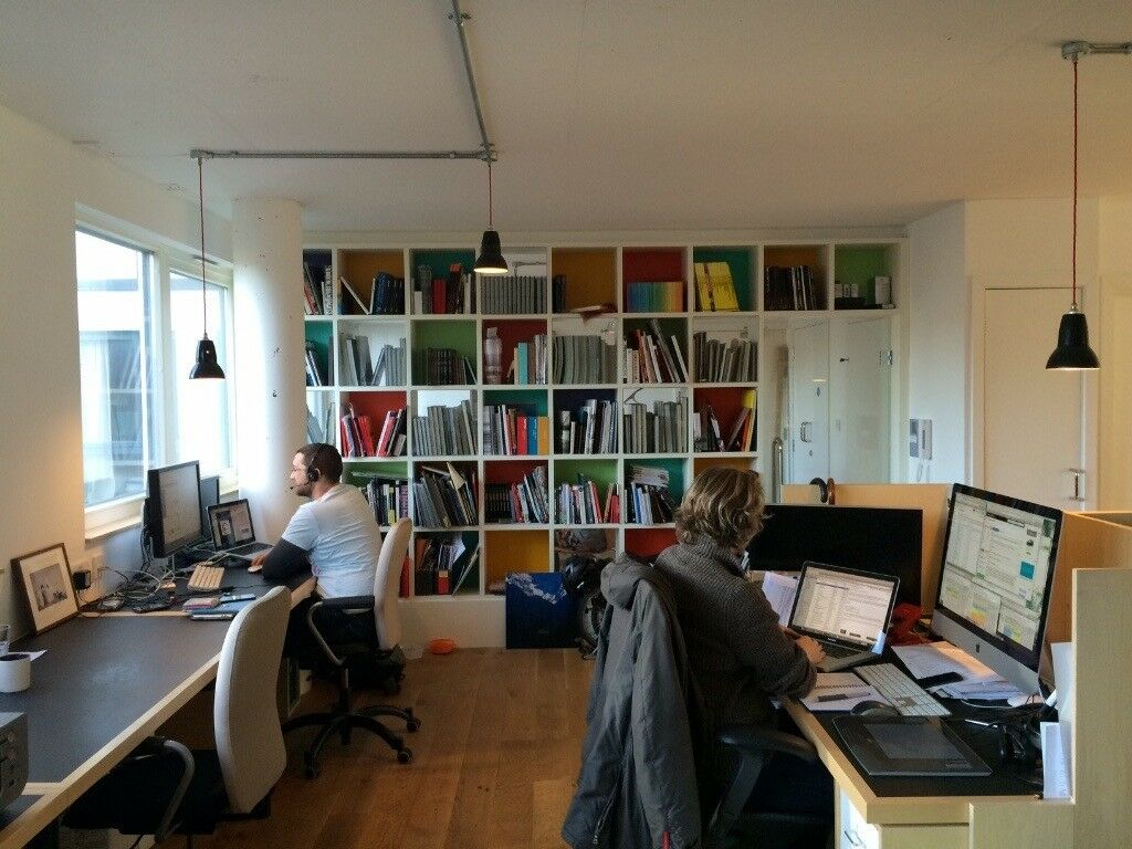 bright office. 6 Large Desks To Rent In Bright Office Haggerston