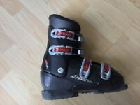 Ski Boots Junior - Size uk Adult 4/4.5 (270 mm)