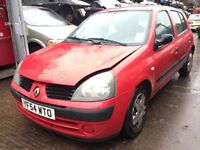 2004 Renault Clio MK2 1.5 DCi 65 5dr red ov727 BREAKING FOR SPARES