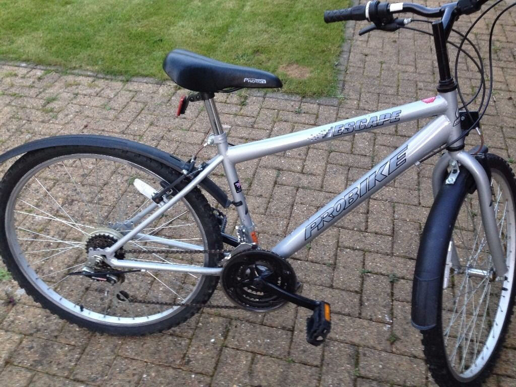Bike suit 11-14 year old teenager/child . 16 inch size frame. 18 ...