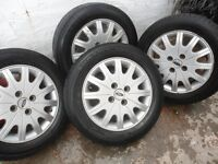 FORD FOCUS GHIA ALLOY WHEELS AND TYRES