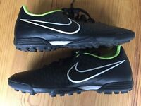 Mens Nike Astro Turf Trainers Size 7