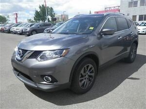 2016 Nissan Rogue SL | NAV | Leather |Heated Seats |Back UP Came