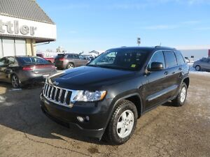 2013 Jeep Grand Cherokee LAREDO 4x4 LOW KILOMETERS!! 4X4!!