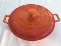 Beautiful covered casserole / cooking dish