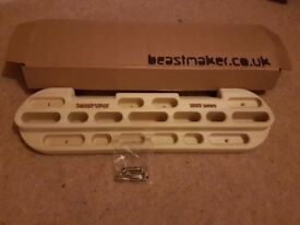 Beastmaker 1000 climbing trainer, never used