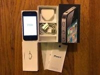 APPLE IPHONE 4 32GB (black and unlocked to any network)