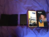 "Eluma B2 8"" Tablet, 32GB storage, Windows 10, hardback case included"