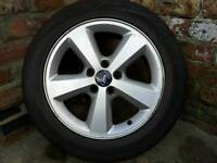 Mondeo 5 stud alloy wheel and new tyer