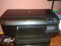 HP Officejet Pro 8100 Workgroup Inkjet Printer with Ink