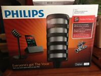 Phillips wireless microphone and bluetooth speaker