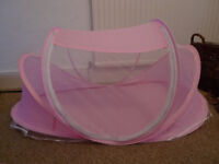 Pop-up mosquito net bed for baby/toddler