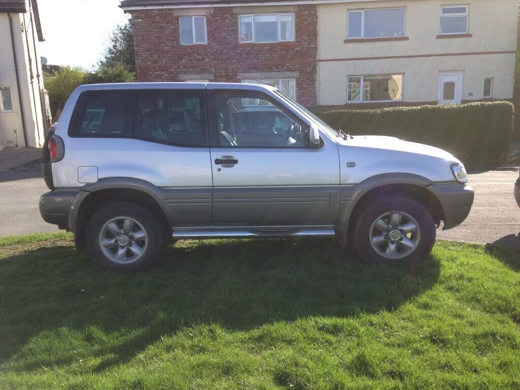 nissan terrano 2 2 7 tdi cheap in menston west. Black Bedroom Furniture Sets. Home Design Ideas