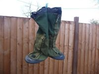 New Berghaus Yeti Attak II Gaiters - In Green, Small Size, No packaging but new - £50