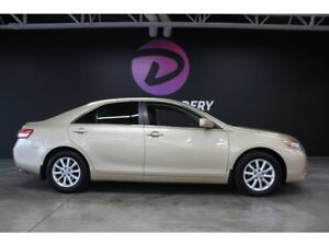 2011 Toyota Camry XLE cuir toit mags