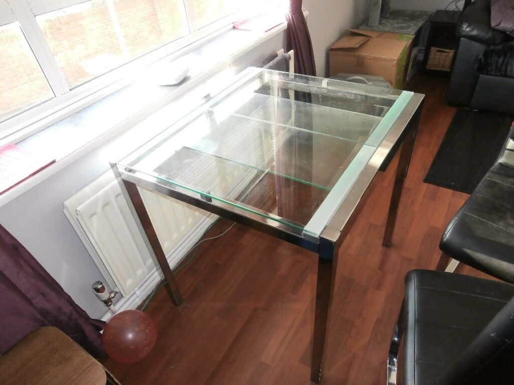 ly £90 Ikea Glivarp Extendable Glass Dining Table with 4 x