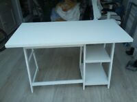 Studie Table