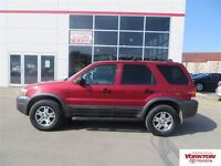 2005 Ford Escape XLT AWD low kms!