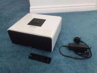 SANDSTROM Speaker System with Docking! 2.1 - 60Watts