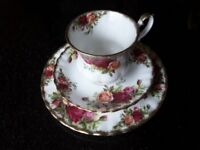 Royal Albert Old Country Roses items