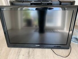 """32"""" HD ready LCD TV with Freeview NOT smart tv"""