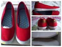 Red Shoes, size 6