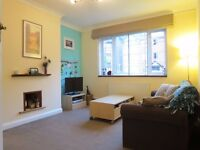 NICELY DECORATED 2 BEDROOM GROUND FLOOR FLAT CLOSE TO STATION!!