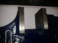 18 x Toolzone Cast Iron T-Bar Sash Clamp