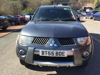 Mitsubishi l200 car 4x4 pick up 2005 warrior 2.5 diesel leather alloys CD player electric pack