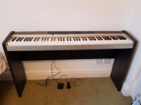 Casio Privia PX-120. Ultra-lightweight 88-key digital piano – fully operational & functional
