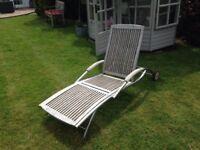Good quality garden sun lounger T