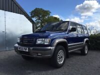Isuzu trooper 2000 year low mileage priced to sell full mot new exhaust and break pipes service book