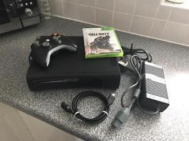 Xbox 360 120GB + 1 Game.