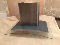 Cooker Hood 600mm B&Q own branded, Still in good working order and clean