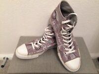 Converse Chuck Taylor Hi-tops size 10 EU 44